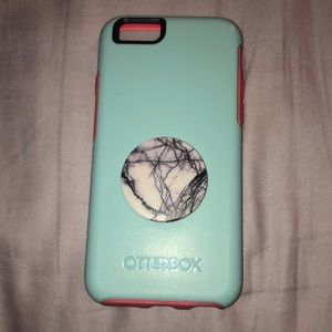 iphone 6/7/8 Otterbox Case (Pop socket attached)